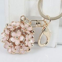Newest Style Little Daisy Flowers Car Key Chain Key Jewelry Keyring Fashion Trinket Souvenir Christmas Gift Bag Key Holder Decor
