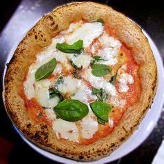 Cocciuto (Bergognone) - Garage Pizza Garage Pizza, Hummus, Quiche, Breakfast, Places, Ethnic Recipes, Food, Morning Coffee, Essen
