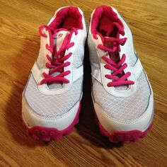 Geo foam nice running shoes Very cute Champion Shoes Athletic Shoes