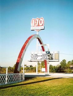 B&B I-70 Drive-In in Kansas City, MO