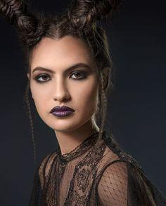 15ca6a62b Encontre tudo sobre tendências, conteúdos e produtos para boca, olhos,  rosto e acessórios no universo da maquiagem aqui e arrase nas makes com  nossas linhas ...