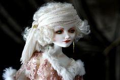 Marion. porcelain, 55 cm