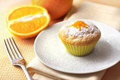 30 perces puha, illatos narancsos muffin: csak keverd össze a hozzávalókat Muffin Nutella, Orange Sponge Cake, Kolaci I Torte, Cheese Muffins, Cottage Cheese, Cake Cookies, Cake Recipes, Good Food, Cooking Recipes