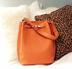 485fe5442386 Classic bag by Hermes without the subliminal