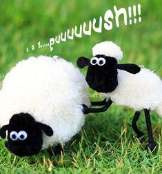 Pompom sheep - Shaun the sheep // Pompon báránykák - Shaun a bárány // Mindy - craft tutorial collection // #crafts #DIY #craftTutorial #tutorial #spring #SpringCrafts