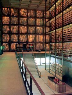 La Biblioteca Beinecke de libros raros y manuscritos -