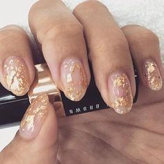 Gold standard ✨✨ gold flake goodness by nails_+ Almond Shape Nails, Almond Nails, Nude Nails, Acrylic Nails, Gold Tip Nails, Gold Nail Art, Coffin Nails, Minimalist Nails, Foil Nails