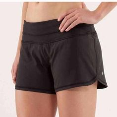 4 way stretch Lululemon shorts No trades! Make an offer to negotiate! lululemon athletica Shorts