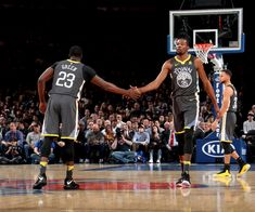 NEW YORK, NY - FEBRUARY 26: Kevin Durant #35 and Draymond Green #23 of the Golden State Warriors high five during the game against the New York Knicks on February 26, 2018 at Madison Square Garden in New York City, New York. (Nathaniel S. Butler/NBAE via Getty Images)