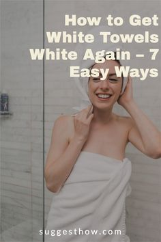 Say bye to dingy towels with these DIY fixes to keep your towels at its whitest. It is a fact that any white laundry gets dirty easily and is difficult to maintain. When your fluffy white towels begin to have stains, specks, graying and discoloring, you'll be wondering how to get white towels white again. #householdtips #cleaning #naturally Deep Cleaning Tips, Household Cleaning Tips, Cleaning Walls, Bathroom Cleaning, Organization Hacks, Organizing, Distilled White Vinegar, White Towels, Housekeeping