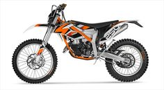 Today's topics include Off-Road motorcycle models. We present you one of the new model KTM motorcycle company in 2014, the model was the Australian market and it is about the 2014 KTM Freeride 250R model. New launches KTM engine type 1-cylinder, 2-st