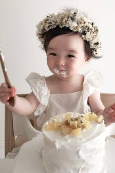 Cute Mixed Babies, Cute Asian Babies, Korean Babies, Cute Babies, 1st Birthday Decorations, Birthday Party Favors, Diy Party Decorations, Baby Pictures, Baby Photos