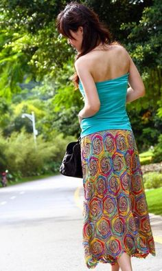 Saia croche - crocheted skirt with spirals/circles