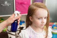 Have you been looking for a natural and effective alternative to commercial hair detangling sprays? Well, we have the perfect solution for you! This essential oil detangler is easy to make and work… Essential Oils For Babies, Doterra Essential Oils, Young Living Essential Oils, Yl Oils, Diy Hair Detangler, Esential Oils, Young Living Oils, Hair Oil, Diy Hairstyles