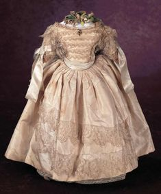A Cherished Collection - Madame Andrée Petyt: 365 An Outstanding Early Ivory Silk Wedding Gown for Poupee Doll Wardrobe, Ivory Silk, Doll Costume, Wedding Gowns, Bridal Gowns, French Fashion, Antique Dolls, Fashion Dolls, Doll Clothes
