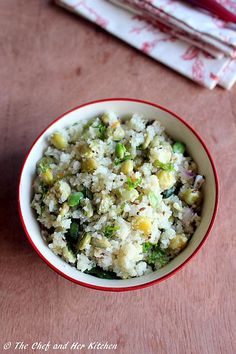 THE CHEF and HER KITCHEN: Avarekalu Akki Tari Uppittu | Rice Rava Upma with Flat Beans