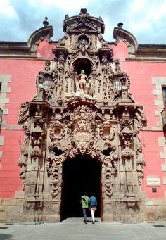 Calle Fuencarral, Madrid, fachada del futuro Museo de la Ciudad, Spain