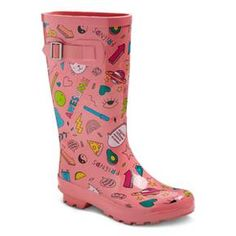 Let her creative style shine on a rainy day with these Gilmore Printed Rain Boots from Cat & Jack™. These vibrant rain boots feature a variety of fun doodles including pizza, inspirational quotes, planets and hearts. She'll definitely bring the sunshine on rainy days with these spunky pull-on rain boots.