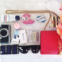 NYFW Essentials That Live In An LA Blogger's Beauty Bag | Song of Style