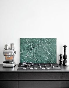 Soft with a green marble accent - via Coco Lapine Design