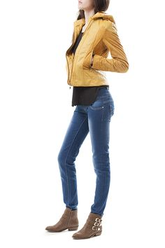 Jacket - V11543 39,99€