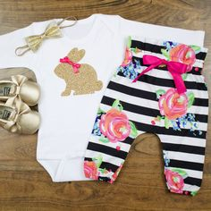 baby girl Easter outfit Gold Bunny Baby Easter Bunny Outfit Black & White High Waisted Pants With Gold Easter Bunny complete set by OliveLovesApple Baby Girl Pants, My Baby Girl, Baby Girl Newborn, Little Girl Outfits, Baby Boy Outfits, Cute Christmas Outfits, Holiday Outfits, Easter Outfit For Girls, Bunny Outfit