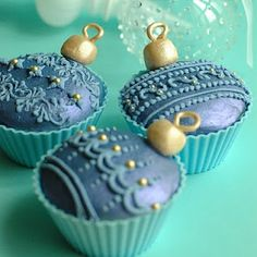 @KatieSheaDesign ♡❤ #Christmas #cupcakes ♥ ❈  ornament cupcakes