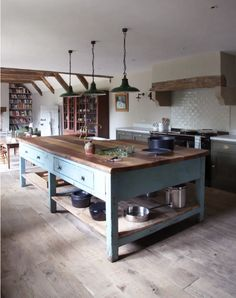 Interior Design – Berdoulat Cabin Kitchens, Cottage Kitchens, Luxury Kitchen Design, Interior Design Kitchen, Italian Cottage, Italian Farmhouse, Farmhouse Style, Open Plan Kitchen Dining Living, Italian Interior Design