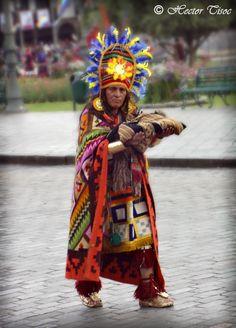 Sacerdote inca... http://www.southamericaperutours.com/peru/intiraymi.html