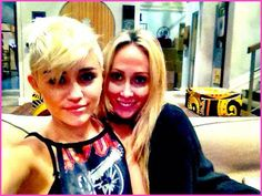 Miley Cyrus Hangs Out With Her Mom Tish Cyrus On October 1, 2012