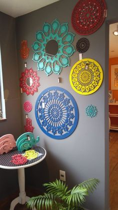 Indian Room Decor, Ethnic Home Decor, Easy Home Decor, Diy Home Crafts, Diy Arts And Crafts, Creative Crafts, Diy Para A Casa, Diy Room Decor Videos, Diwali Decorations At Home