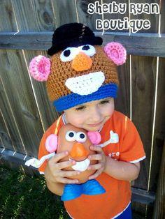 Crochet hat disney awesome 63 Ideas - Crochet hat disney awesome 63 Ideas - Always aspired to be able to knit, yet undec. Disney Crochet Hats, Crochet Animal Hats, Crochet Kids Hats, Crochet For Boys, Crochet Beanie, Knitted Hats, Disney Hat, Baby Disney, Crochet Motif