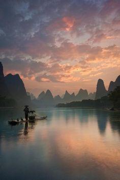 Li River Sunrise © Yan Zhang