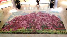 Mosaico hecho con 10 mil cupcakes