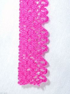 "VINTAGE HOT PINK COTTON BLEND LACE TRIM 2- 4 YARD LENGTHS 1/2"" W-NEW OLD STOCK #Unbranded"