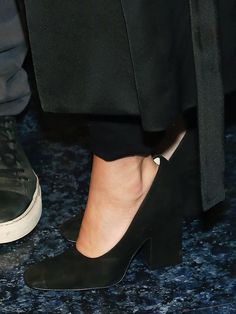 That Time Ashley Olsen and Katherine Power Wore the Same Shoes via @WhoWhatWear
