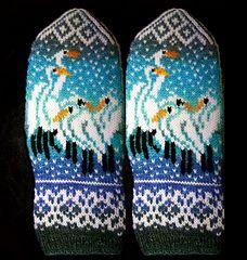 Ravelry: Herons In the Snow pattern by Natalia Moreva Fingerless Mittens, Knit Mittens, Knitted Gloves, Knitting Socks, Hand Knitting, Knitting Charts, Knitting Patterns, Knitting Designs, Knitting Projects