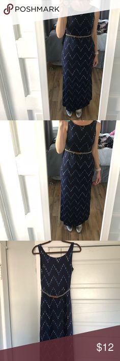 Maxi dress with ikat/chevron pattern & belt Target Maxi dress with ikat/chevron pattern & belt. Has pockets! Merona Dresses Maxi