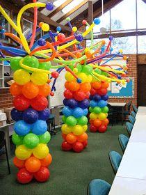 Balloon column with balloon hair Carnival Birthday Parties, Elmo Birthday, Circus Birthday, Rainbow Birthday, Birthday Party Themes, Birthday Decorations, Balloon Tower, Balloon Columns, Balloon Stands
