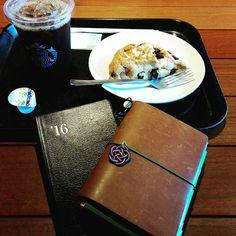 * #トラベラーズノート#トラベラーズノートパスポートサイズ #能率手帳 #手帳#スターバックスコーヒー #スタバ * 今日はスタバ。