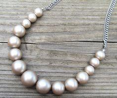 Cream Pearl Necklace Wedding Jewelry, Diy Jewelry, Handmade Jewelry, Pearl Cream, Pearl Necklace, Pearls, Etsy, String Of Pearls, Handmade Jewellery
