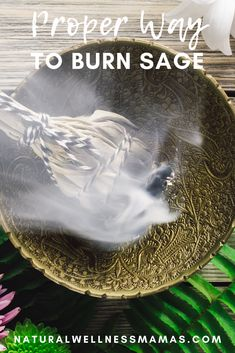 How to burn sage properly. Burning sage is a great way to cleanse the energy in your space or home. Learn the proper way to burn it and the benefits of sage burning. #sageburning Holistic Remedies, Holistic Healing, Sage Benefits, Sage Smudging, Burning Sage, Cleanse Me, Burns, Health And Wellness, How To Burn Sage