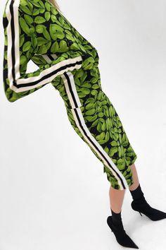 Norma Kamali Pre-Fall 2018 Fashion Show Collection