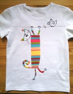 """Футболка """"Пушкинс на охоте """" из серии """"Кот Пушкинс """". Аппликация и рисунок на ткани. принимаю заказы! ) T-shirt """"Pushkins on hunt"""" from series """"Cat Pushkins """". Take orders! )"""