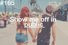 Você me mostra em publico