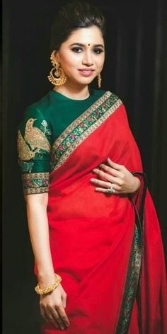 20 Gorgeous Pics of Red Saree Blouse Designs Blouse Designs High Neck, High Neck Blouse, Boat Neck Designs Blouses, High Neck Kurti Design, Boat Neck Saree Blouse, Trendy Sarees, Stylish Sarees, Sari Bluse, Indische Sarees