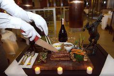 Yetenekli şeflerin ellerinden enfes lezzetlerle Sheraton Adana Otel'de aşkınızı kutlayın. / Celebrate your love at Sheraton Adana Hotel with fantastic tastes from our talented chefs.