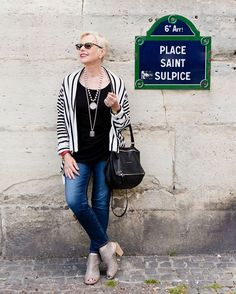 Many thanks to @carlalovesphotography who took such lovely photos in #Paris! And thanks to @veroniquemarot for the fabulous makeup.  What a pleasure to work with you both! Outfit details at unefemme.net  #styleblogger #styleover50 #fashionblogger #denim @frenchkande #ootd