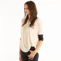 Pimkie.es : Toques de piel sintética para dar un aire rock a la camiseta.