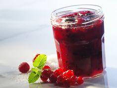 Himbeer-Johannisbeer-Marmelade ist ein Rezept mit frischen Zutaten aus der Kategorie Marmelade. Probieren Sie dieses und weitere Rezepte von EAT SMARTER!